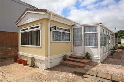2 Bedrooms Property for sale in Newton Road, Kingserswell, Newton Abbot