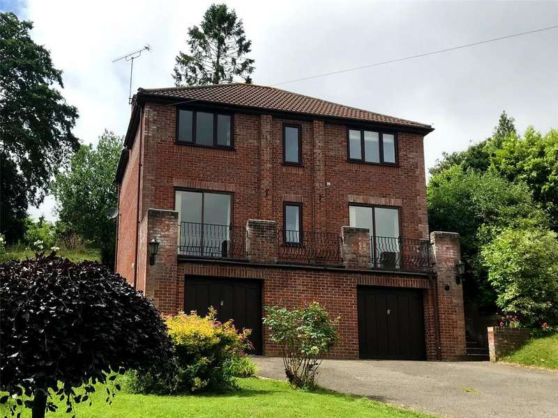 4 Bedrooms Detached House for sale in Penn Hill, Yeovil, Somerset