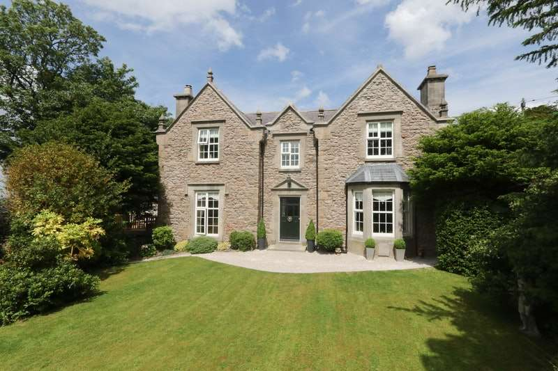 5 Bedrooms Detached House for sale in Tremeirchion, Near St Asaph, Denbighshire, LL17