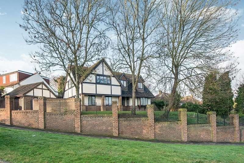 4 Bedrooms Detached House for sale in Hempstead Road, Hempstead, Gillingham, ME7