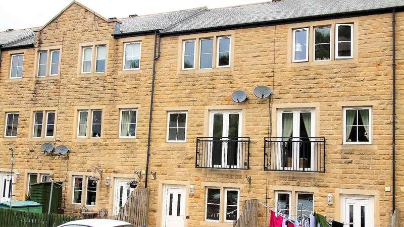 3 Bedrooms Mews House for sale in Dale Street, Todmorden, OL14