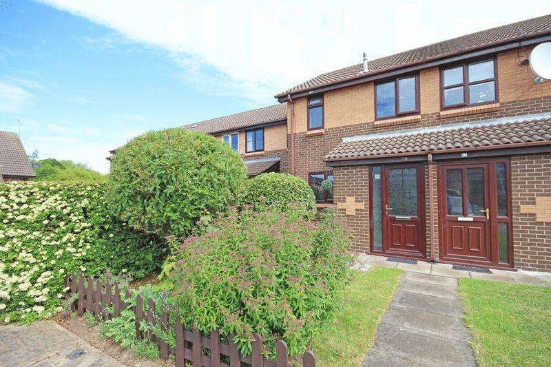 2 Bedrooms Terraced House for sale in WATERSIDE DRIVE, GRIMSBY