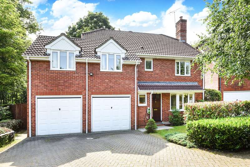 4 Bedrooms Detached House for sale in Clere Gardens, Chineham, Basingstoke, RG24