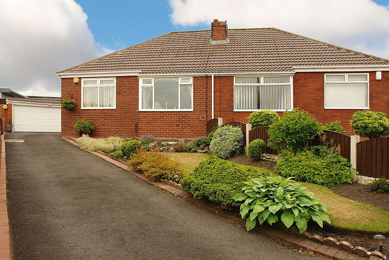 2 Bedrooms Semi Detached Bungalow for sale in Dorchester Drive, Royton, Oldham