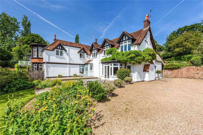 4 Bedrooms Semi Detached House for sale in Kings Lane, Cookham Dean, Maidenhead, Berkshire, SL6
