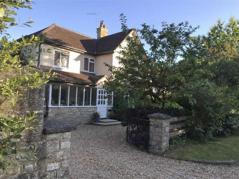 5 Bedrooms Detached House for sale in Tower Lane, Wimborne, Dorset