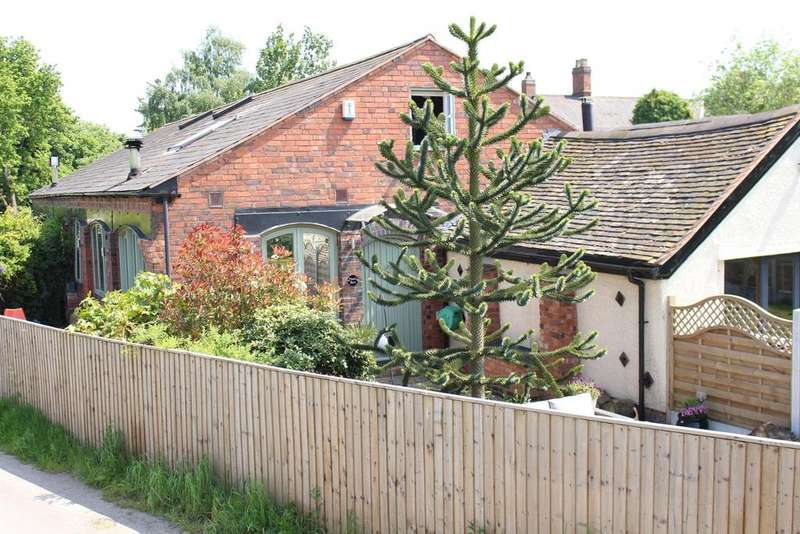 3 Bedrooms Barn Conversion Character Property for sale in Drayton Bassett, Tamworth, Staffordshire, B78