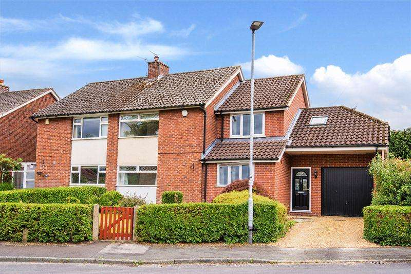 3 Bedrooms Semi Detached House for sale in Sycamore Drive, Lymm