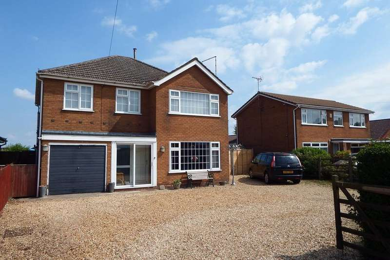 4 Bedrooms Detached House for sale in Austendyke Road, Weston Hills, PE12