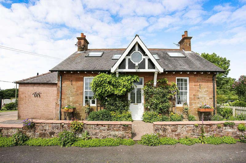 3 Bedrooms Detached House for sale in Annanlea Cottage Kirtlebridge, Lockerbie, DG11