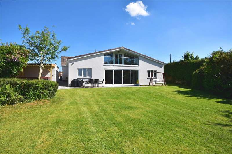 4 Bedrooms Detached House for sale in Roachill, South Molton, Devon, EX36