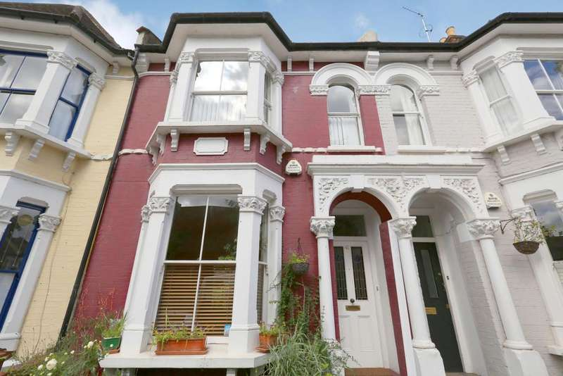 5 Bedrooms Terraced House for sale in Listria Park, London