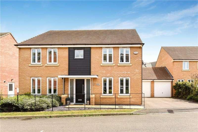 4 Bedrooms Detached House for sale in Launceston Drive, Broughton, Milton Keynes, Buckinghamshire