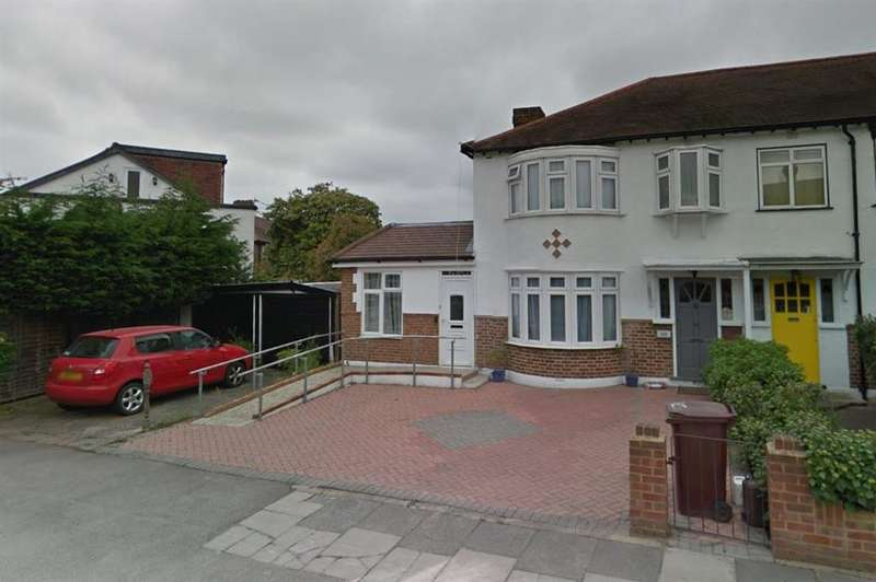 4 Bedrooms Semi Detached House for sale in Monkleigh Road, Morden, SM4