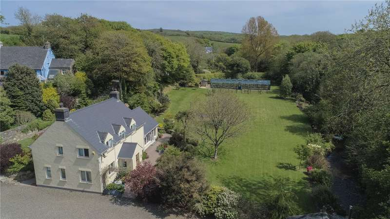 2 Bedrooms Detached House for sale in Tregwynt Nursery, Castle Morris, Haverfordwest, Pembrokeshire