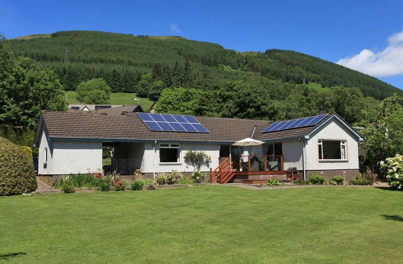 3 Bedrooms Detached Bungalow for sale in Loch View, Lochearnhead, FK19 8PU