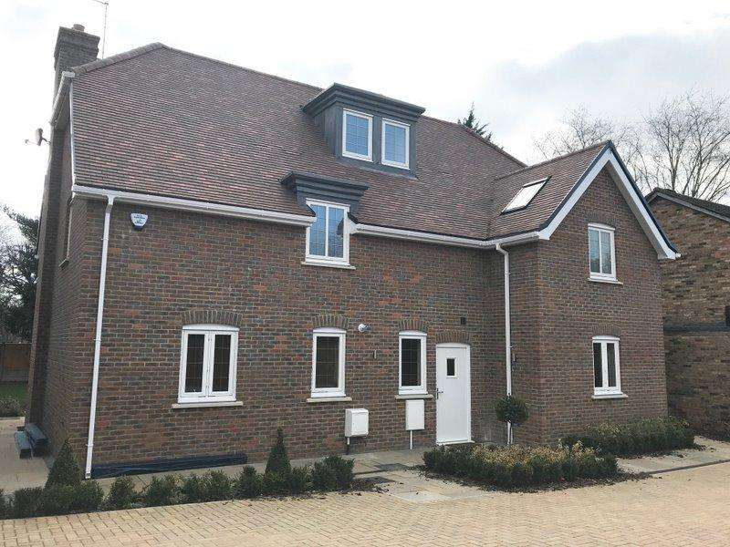 6 Bedrooms House for sale in Pinner Road, Watford