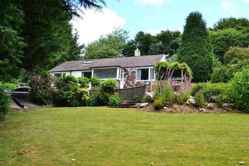 3 Bedrooms Detached Bungalow for sale in Little Halgavor, Lostwithiel Road