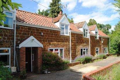 6 Bedrooms Detached House for sale in Blackborough End, King's Lynn, Norfolk