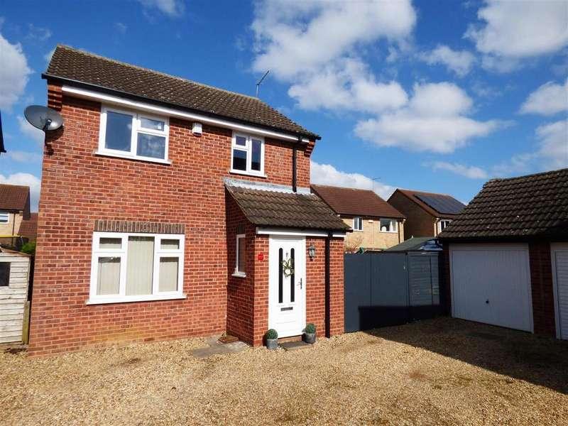 3 Bedrooms Detached House for sale in Sevenacres, Orton Brimbles, Peterborough