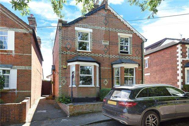 3 Bedrooms Semi Detached House for sale in Bridge Road, Sunninghill, Berkshire