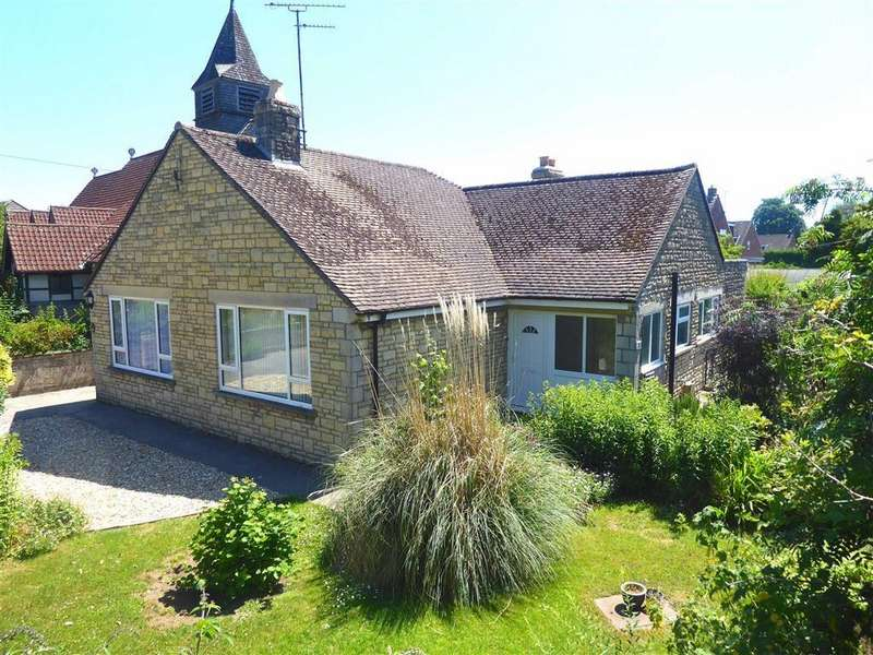3 Bedrooms Detached Bungalow for sale in Wotton Road, Charfield, Wotton-Under-Edge, GL12