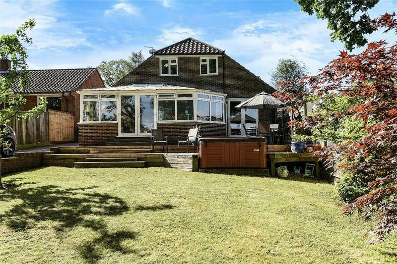 4 Bedrooms Detached House for sale in 20 Vespasian Way, Chandler's Ford, Hampshire