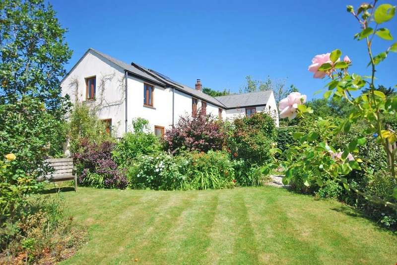 4 Bedrooms Detached House for sale in Quoit, St Columb, Cornwall, TR9