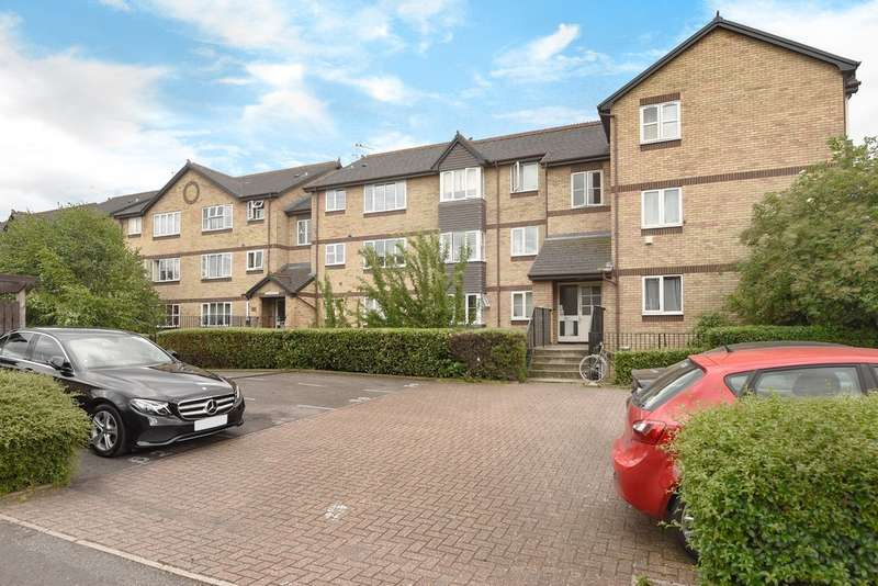 2 Bedrooms Flat for sale in Constable Court, South Bermondsey