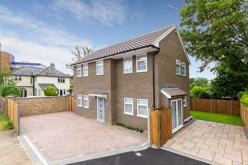3 Bedrooms Detached House for sale in Burleigh Mead, Hatfield, AL9