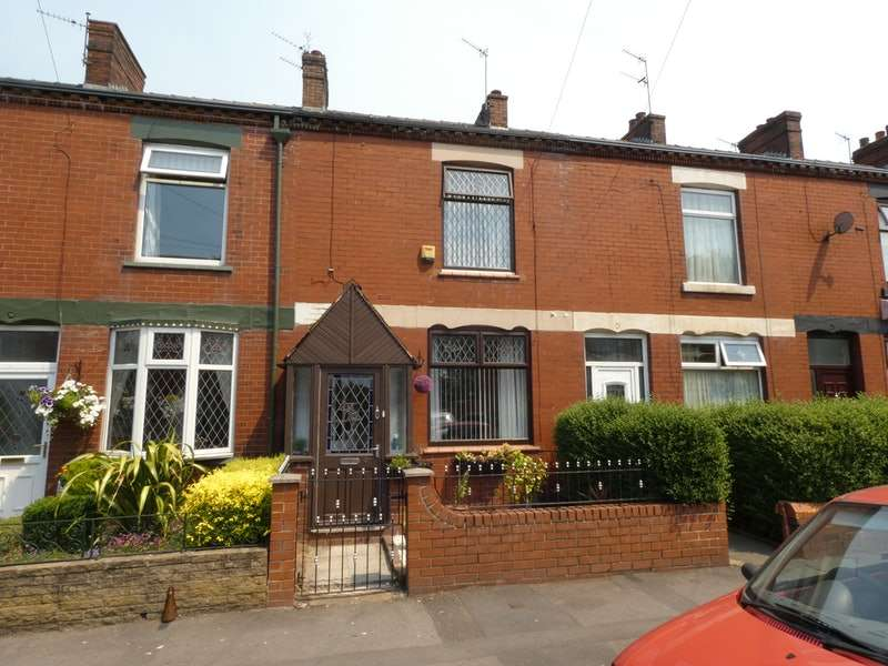 2 Bedrooms Terraced House for sale in Church Street, Manchester, Greater Manchester, M35