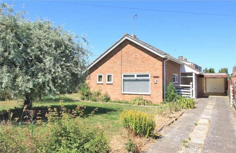 2 Bedrooms Detached Bungalow for sale in Cambridge Road, Fulbourn, Cambridge, CB21