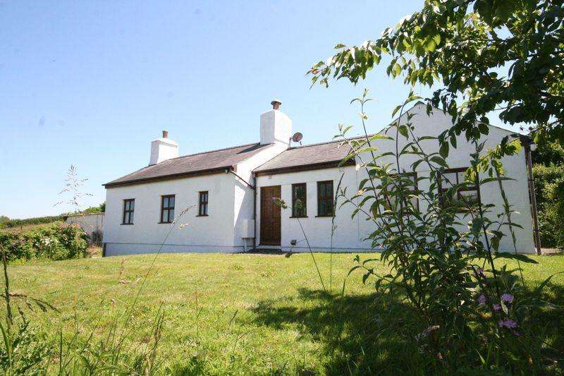 2 Bedrooms Cottage House for sale in Talwrn, Anglesey