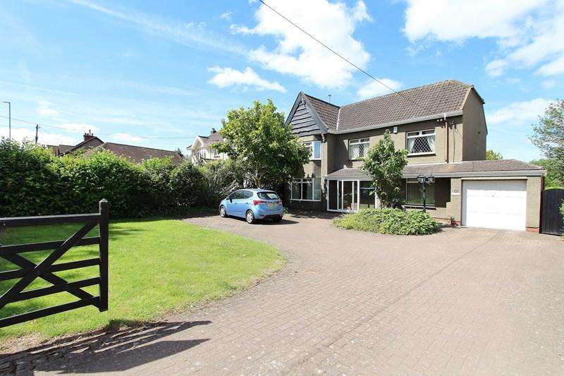 4 Bedrooms Detached House for sale in Bristol Road, Whitchurch, Bristol