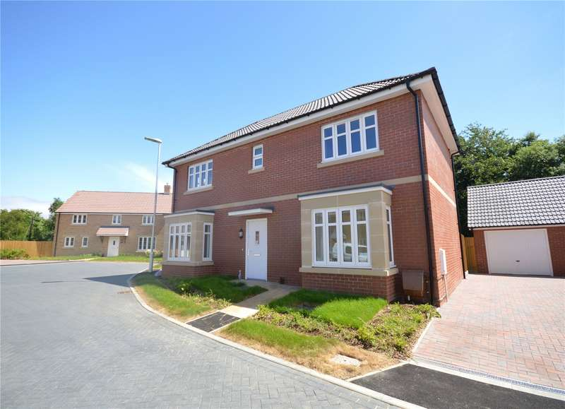 4 Bedrooms Detached House for sale in Tayberry Close, East Stoke, Stoke-Sub-Hamdon, Somerset, TA14