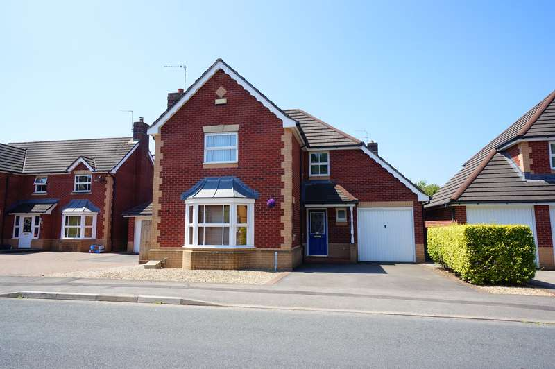 4 Bedrooms Detached House for sale in Oak Tree Drive, Rogerstone, Newport, NP10