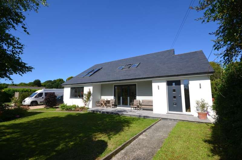 4 Bedrooms Detached House for sale in Silverwell, , Truro,