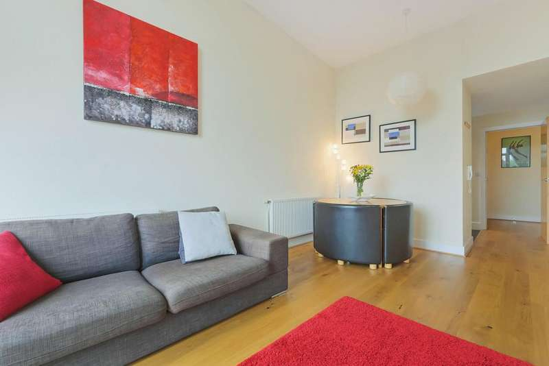 2 Bedrooms Flat for sale in Corelli Court, Lynton Road SE1