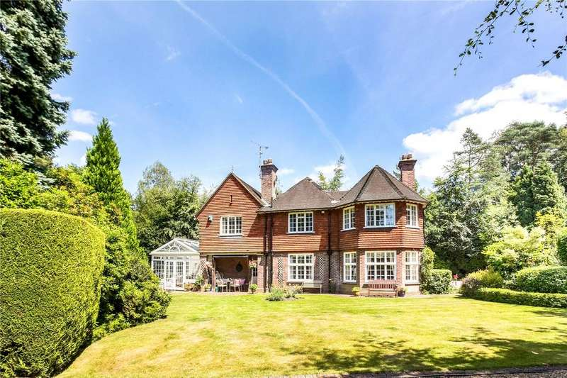 5 Bedrooms Unique Property for sale in 17 Falmouth Close, Camberley, Surrey, GU15