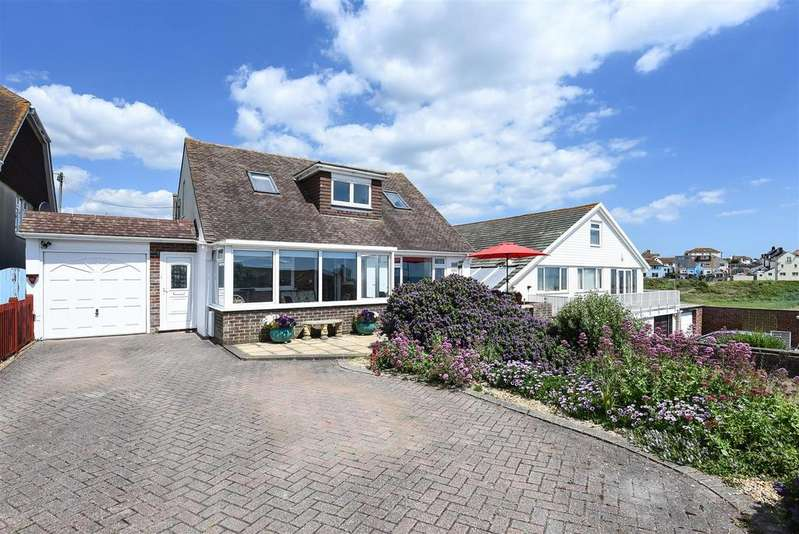 3 Bedrooms Detached House for sale in Buckle Rise, Seaford