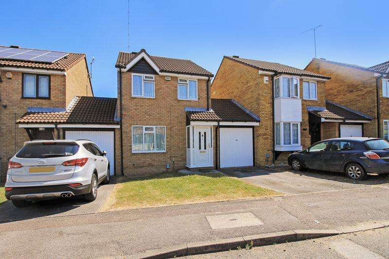 3 Bedrooms Detached House for sale in Coltsfoot Green, Luton