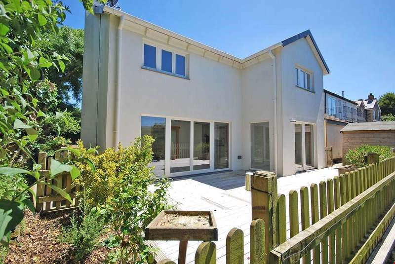4 Bedrooms Detached House for sale in Rumford, Nr. Padstow, Wadebridge, Cornwall, PL27