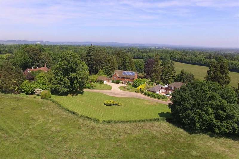 5 Bedrooms Detached House for sale in Capel Leyse, Moorhurst Lane, Dorking, Surrey, RH5