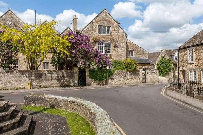 6 Bedrooms Property for sale in Canon Square, Melksham