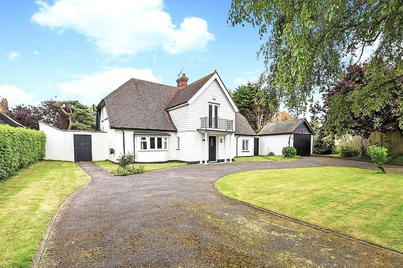 4 Bedrooms Detached House for sale in Sea Lane, Middleton-on-Sea, West Sussex, PO22