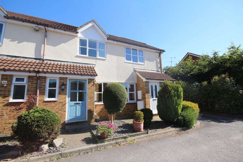 2 Bedrooms Terraced House for sale in Boltons Lane, Binfield