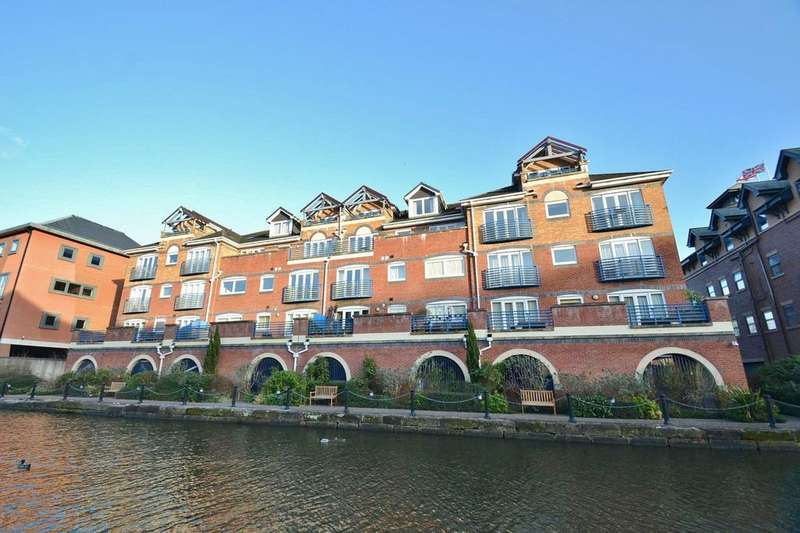 2 Bedrooms Apartment Flat for sale in Britannia Road, Sale