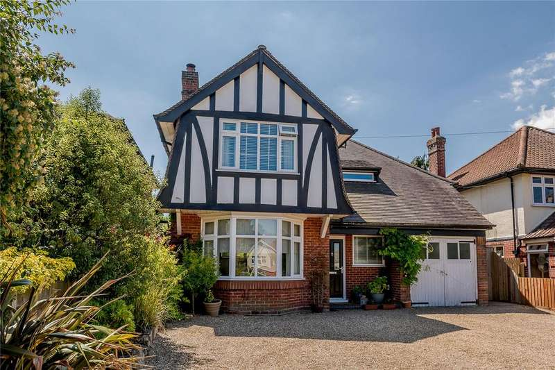 4 Bedrooms Detached House for sale in Bucklesham Road, Ipswich