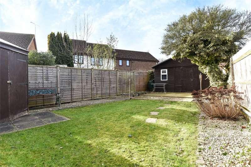 1 Bedroom Maisonette Flat for sale in Shrivenham Close, College Town, Sandhurst, Berkshire, GU47