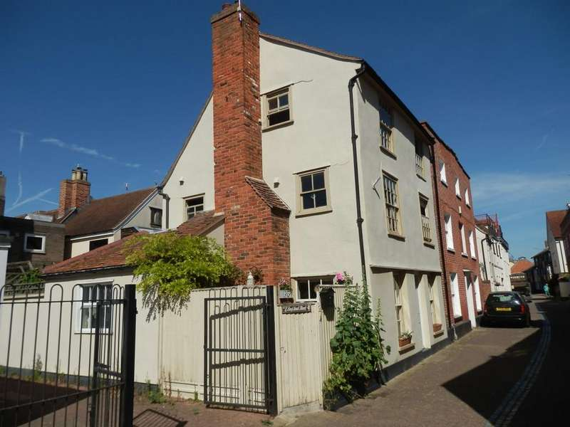 3 Bedrooms Town House for sale in KINGS HEAD STREET, HARWICH CO12